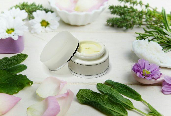 Składniki w kosmetykach naturalnych
